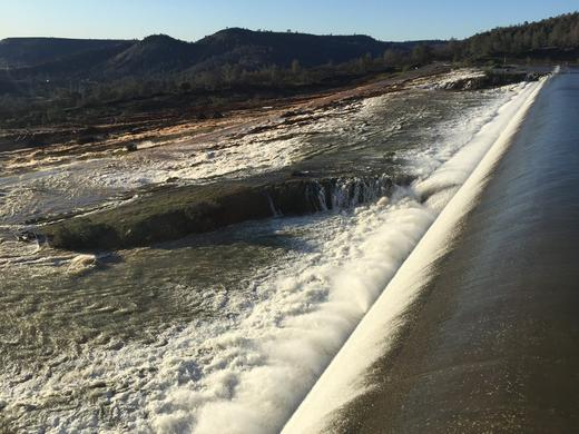 Oroville Dam Picture