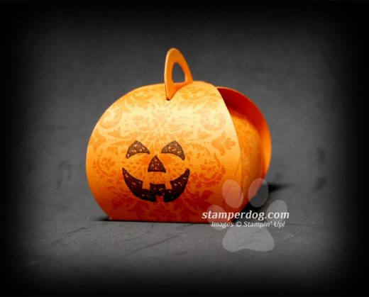 Easy Pumpkin Treat Holder